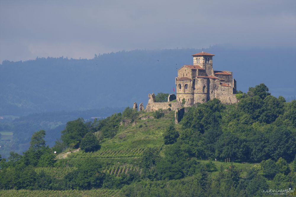 Prieuré Saint Romain le Puy © Julien Chambon