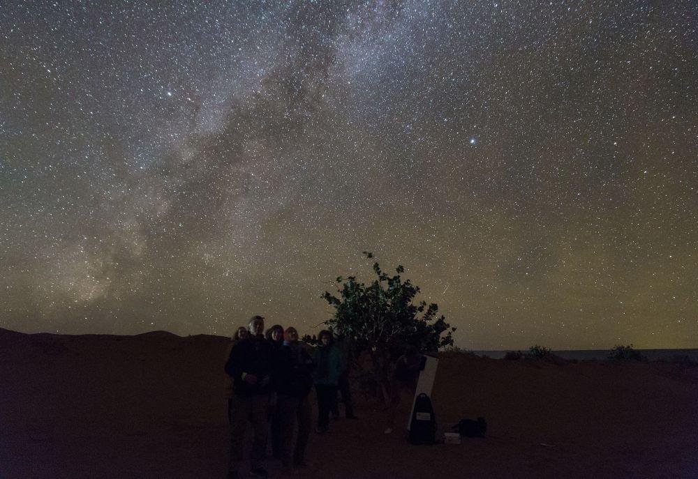 Ciel étoilé dans désert marocain © Patrick Lecureuil